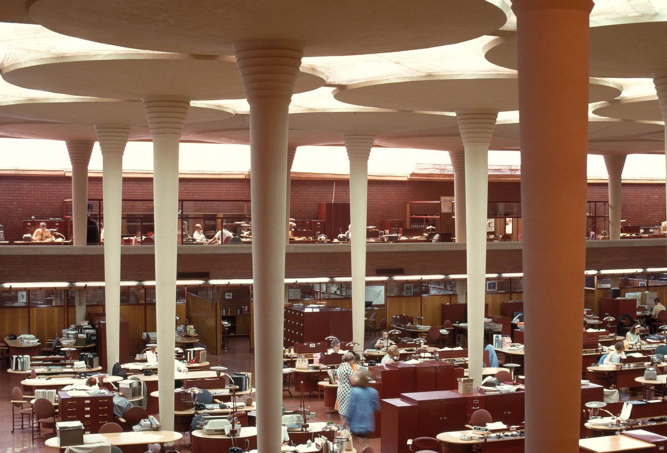 Documentaries for Architects: Frank Lloyd Wright (1998) - Sheet7