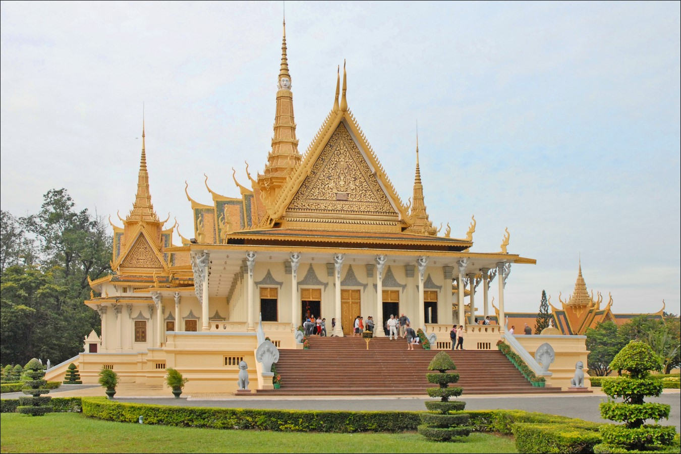 Napoleon III Pavilionb by Neak Okhna Tep Nimith Mak- The Palace with the golden top- sheet1