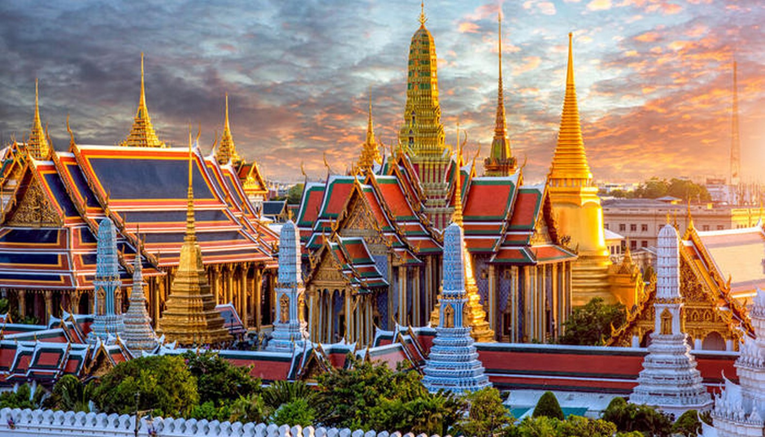 Grand Palace by John Clunish- A landmark for Thai architecture- sheet1