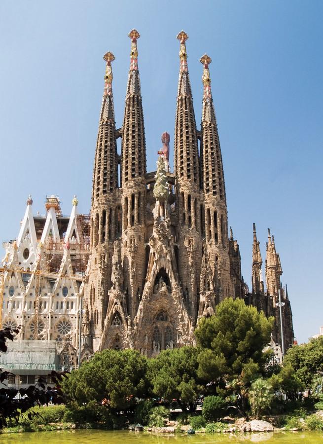 Documentaries for Architects: Antonio Gaudí (1984) – Japan - Sheet1