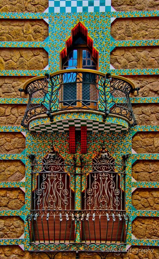 Documentaries for Architects: Antonio Gaudí (1984) – Japan - Sheet11