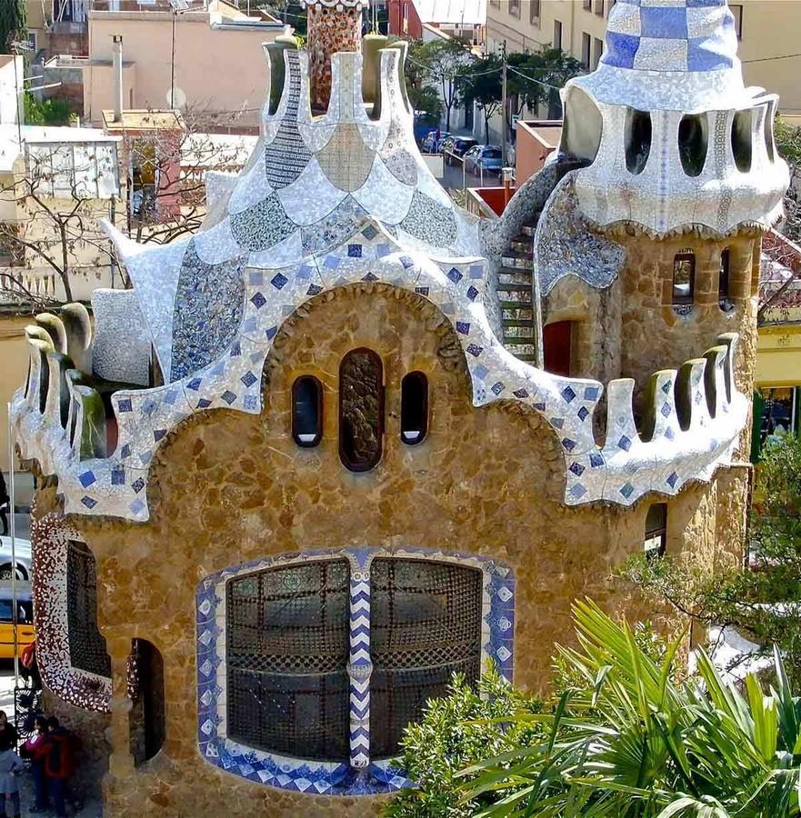 Documentaries for Architects: Antonio Gaudí (1984) – Japan - Sheet17