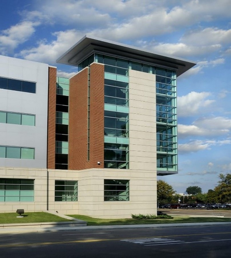 UNIVERSITY OF TENNESSEE HEALTH SCIENCES CENTER RESEARCH COMPLEX - Sheet2
