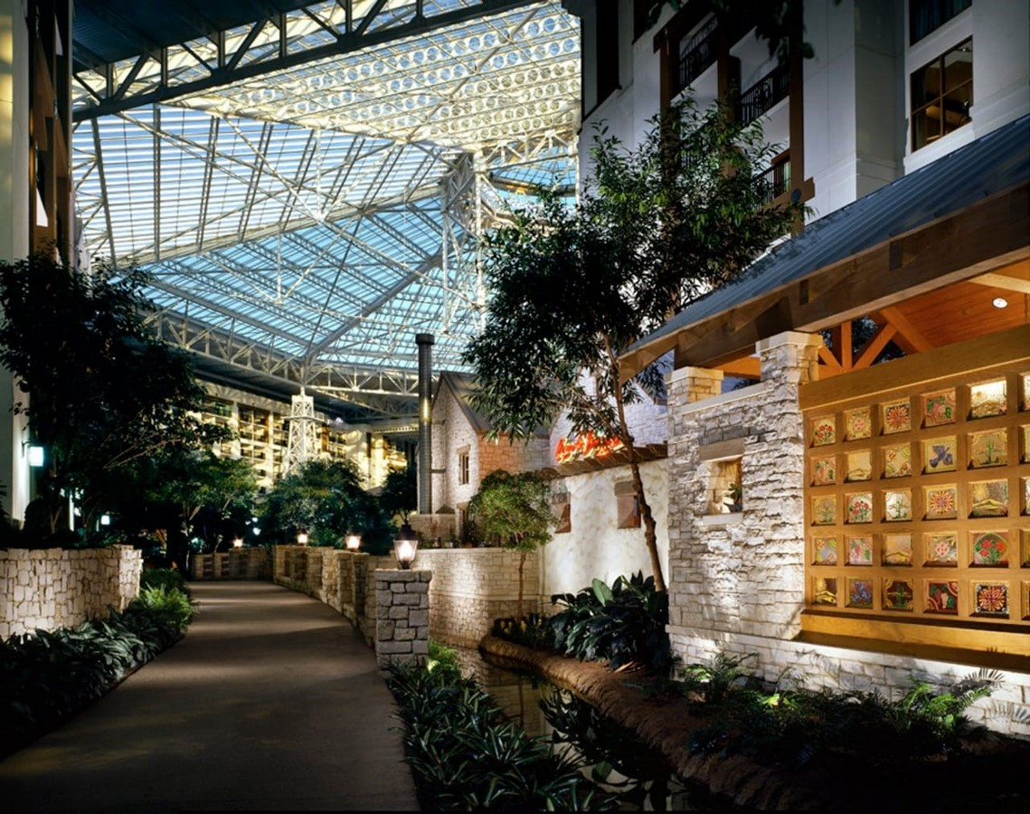 GAYLORD TEXAN RESORT AND CONVENTION CENTER - Sheet2