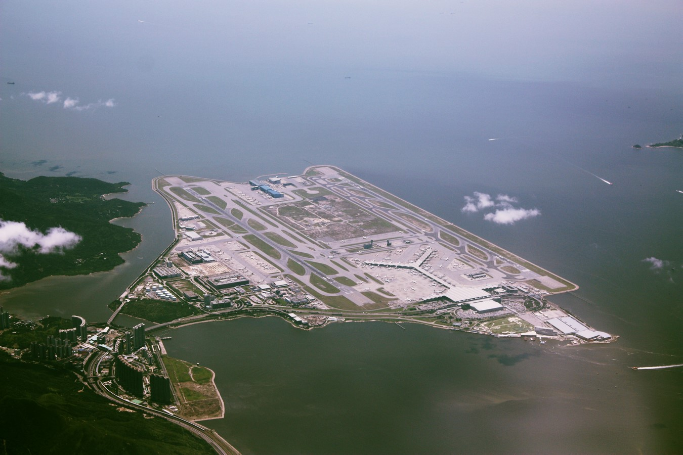Hong Kong International Airport by Foster+Partners- most ambitious construction of the modern times - Sheet2