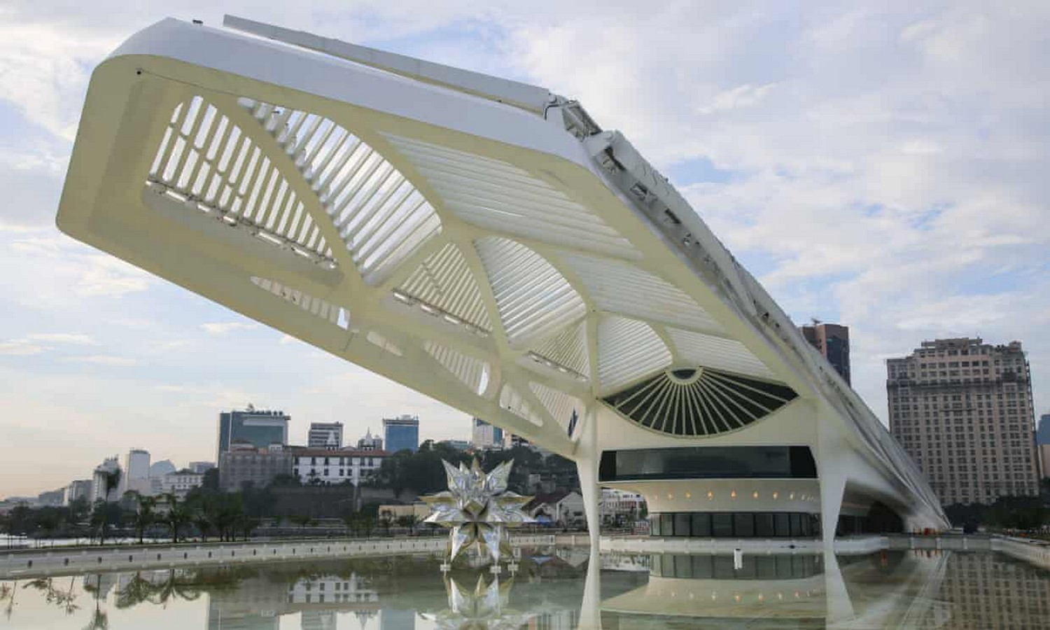 Examples of Sustainability in modern architecture forms. - Sheet6