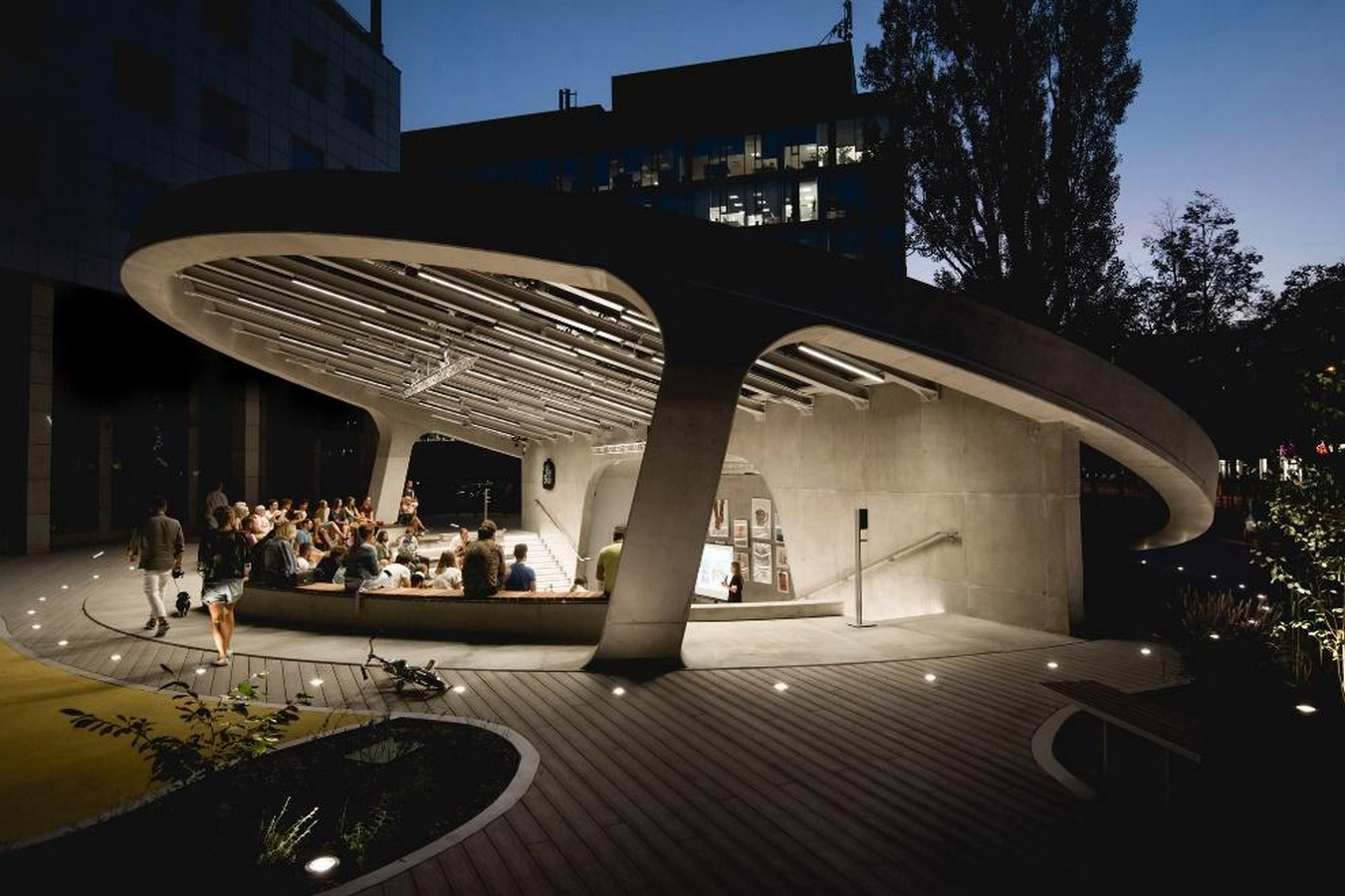 A concrete amphitheater as an 'open, democratic space' in Warsaw designed by Lina - Sheet1