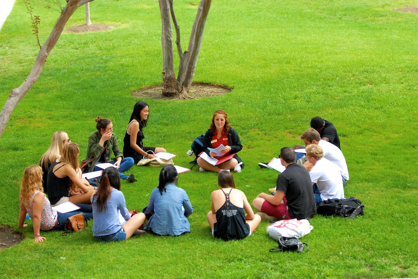 10 Reasons why Study tours in Architecture colleges matters- sheet1