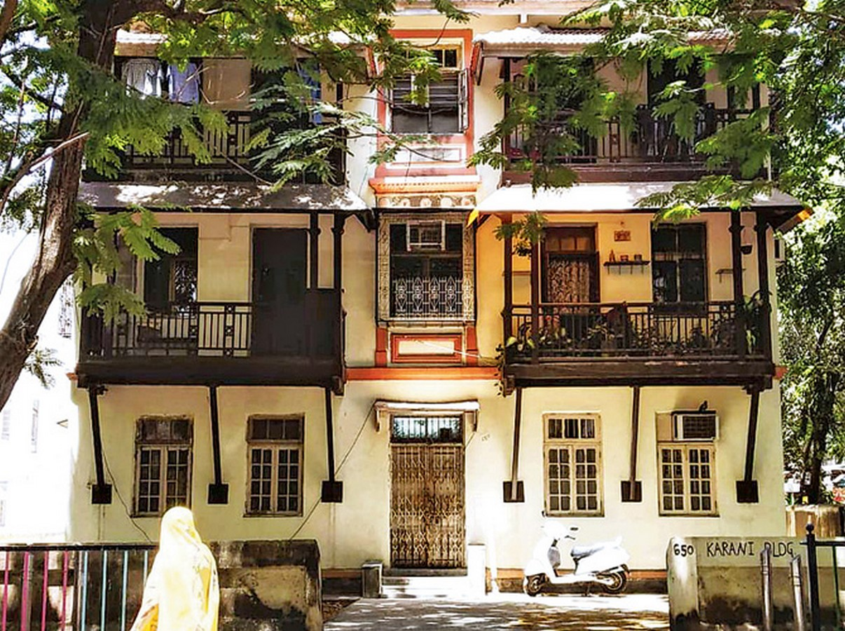 How does the cultural diversity in Mumbai reflect in its architecture? - Sheet8