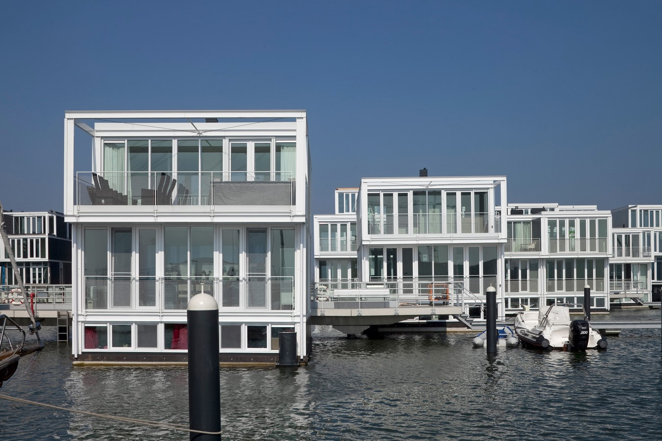 8 Advantages of floating architecture- Sheet19