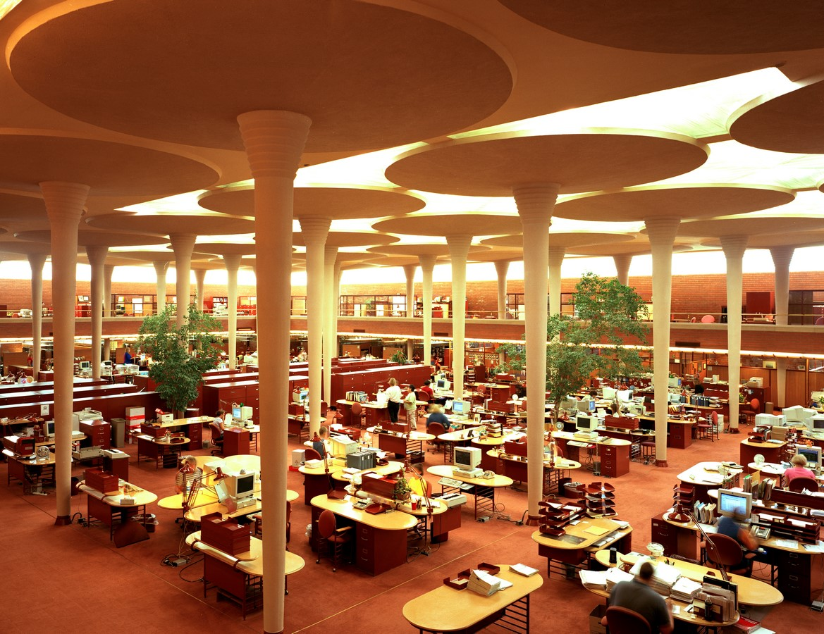 Administration building of S.C. Johnson by Frank Lloyd Wright: A space that impacted - Sheet3