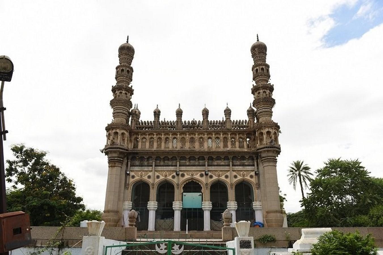 Toli Mosque