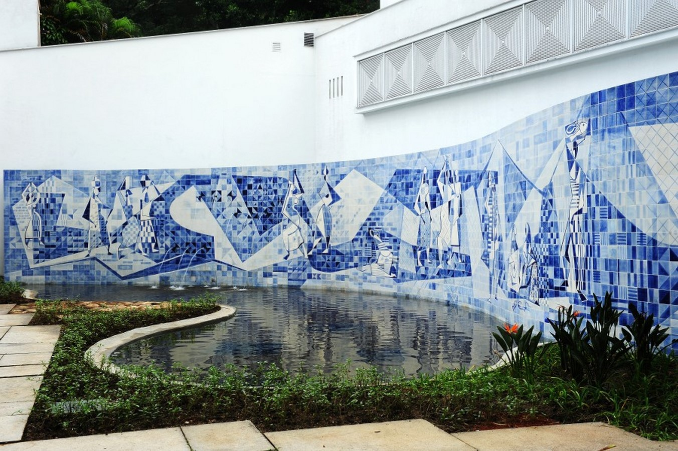 Instituto Moreira Salles, Rio de Janeiro - Sheet1