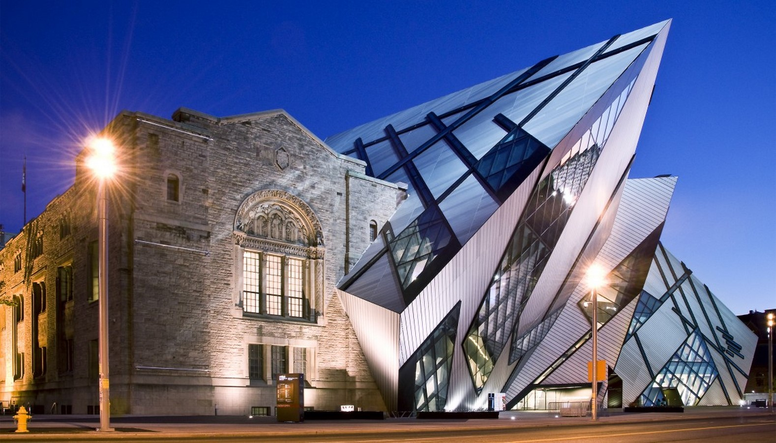 Royal Ontario Museum by Daniel Libeskind: The modern Crystal - Sheet12