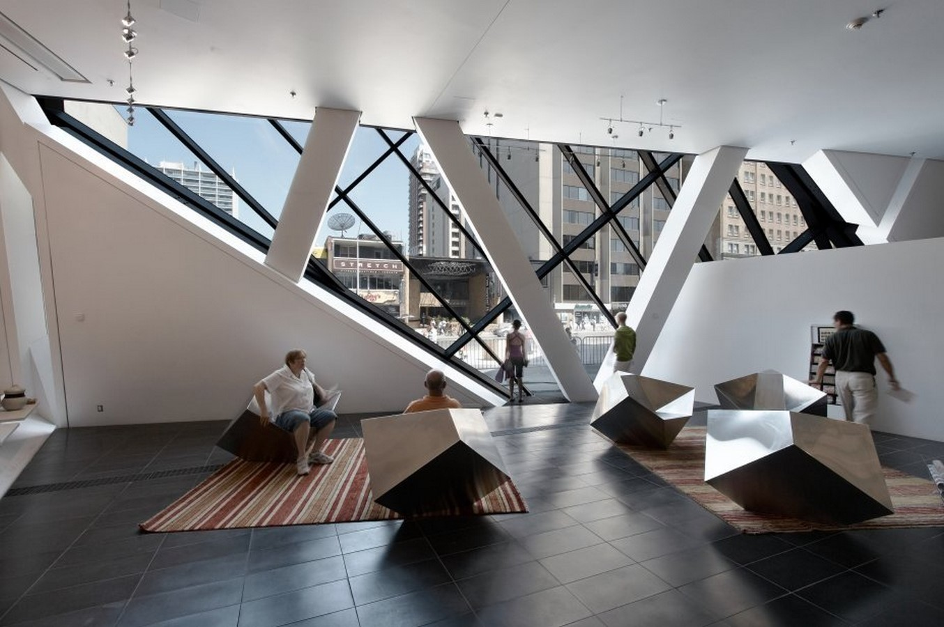 Royal Ontario Museum by Daniel Libeskind: The modern Crystal - Sheet4