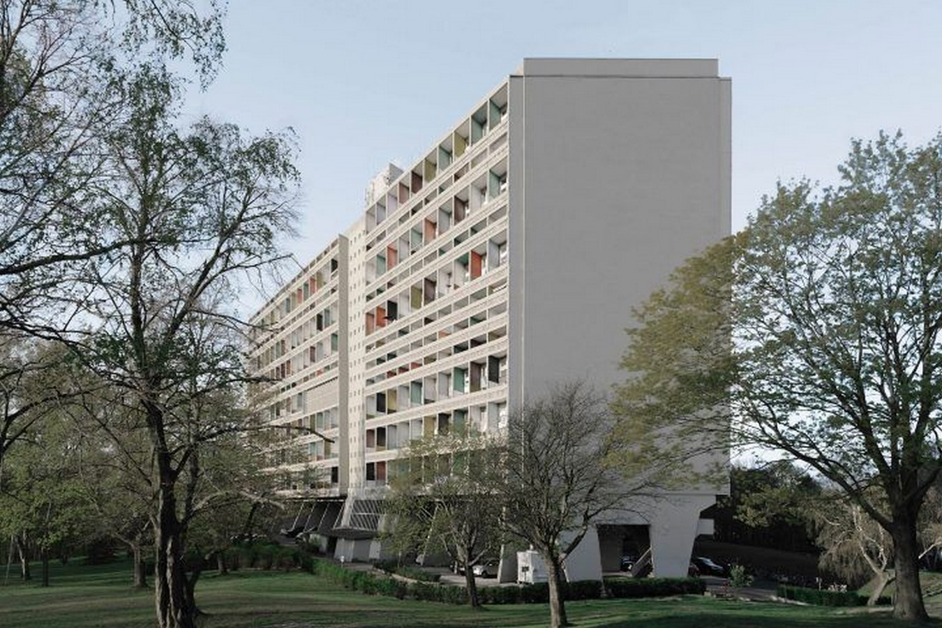 8 Examples of Brutalist architecture in Germany - Sheet7