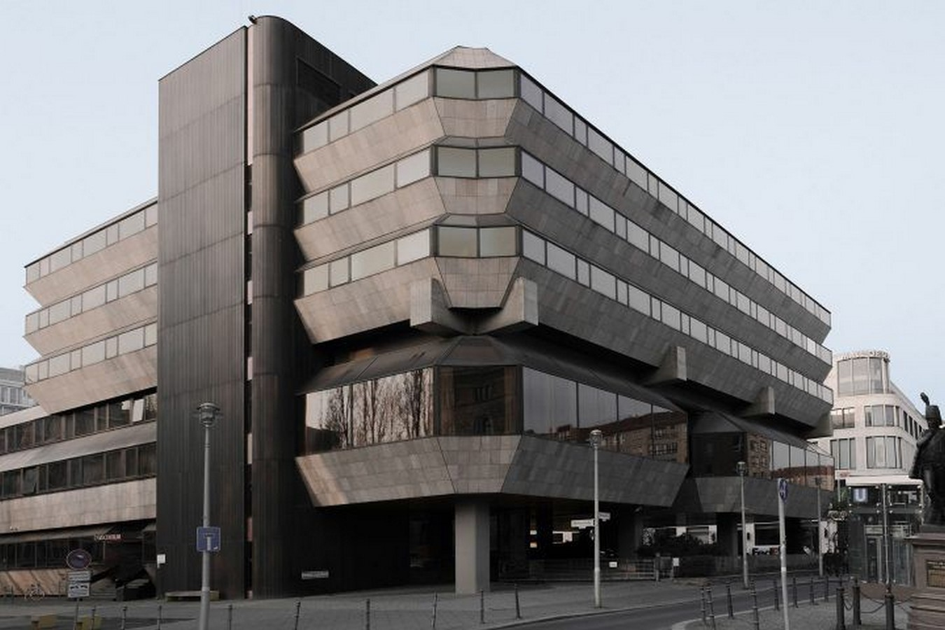 8 Examples of Brutalist architecture in Germany - Sheet9