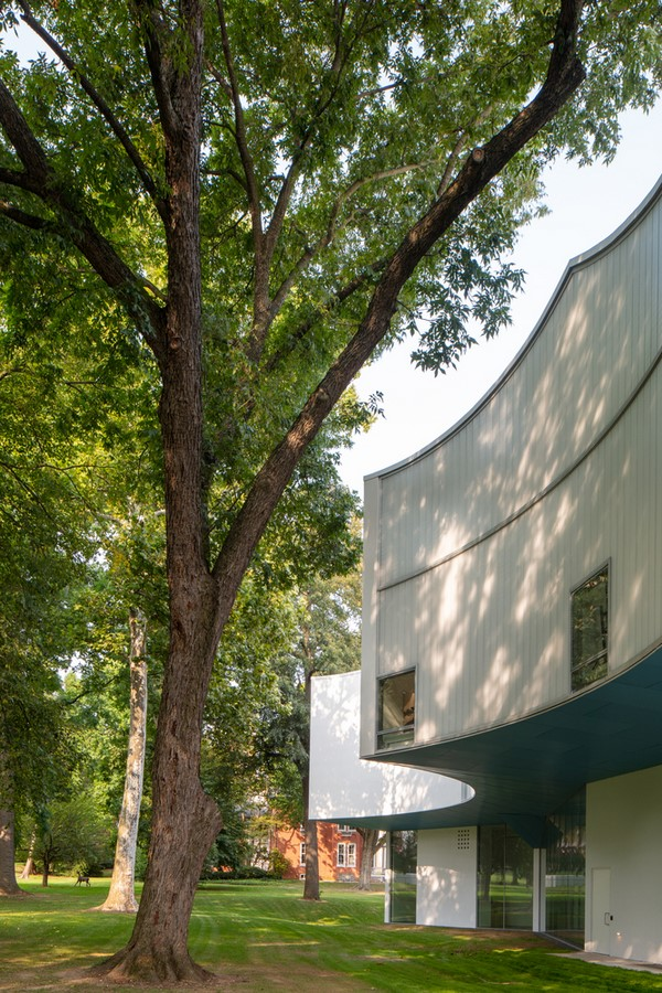 'Winter visual arts building' at Franklin & Marshall College opened by Steven Holl architects - Sheet4