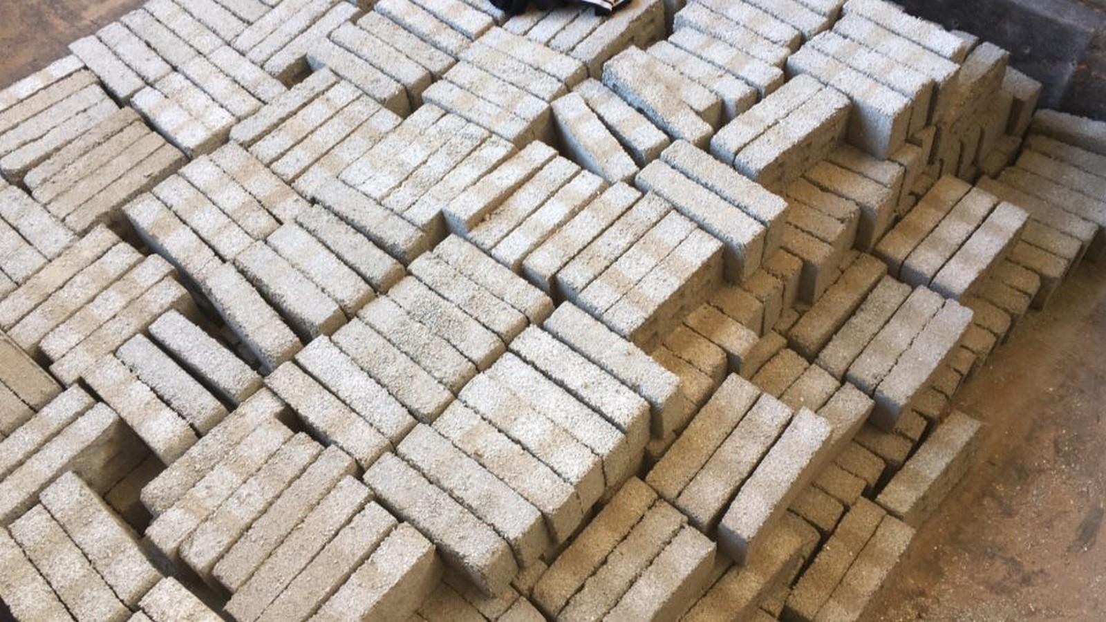 Recycled Plastic Bricks- Sheet2