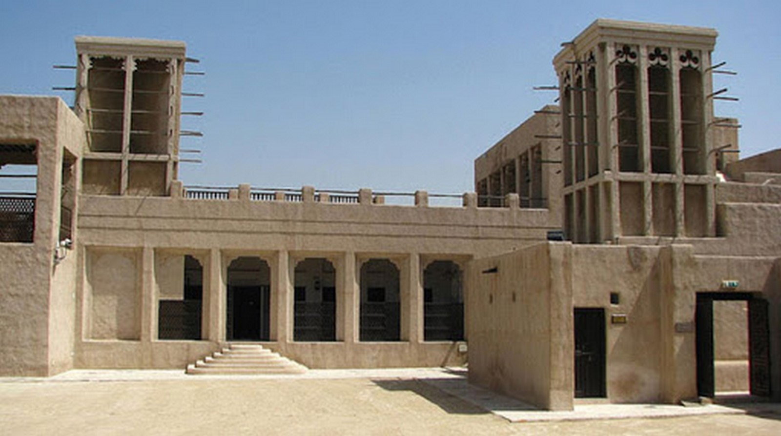 10 Structures that represent the Historical architecture of UAE - Sheet7