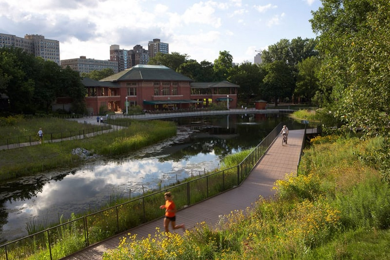 Nature Boardwalk at Lincoln Park Zoo by Studio Gang- A model for urban conservation and sustainability - Sheet11