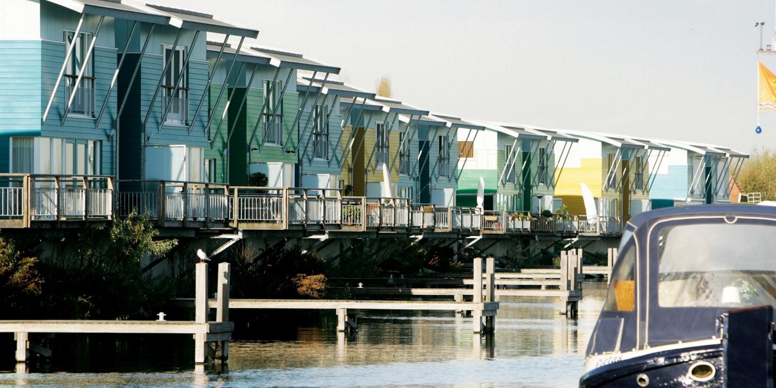 Amphibious Housing in Maasbommel - Sheet2