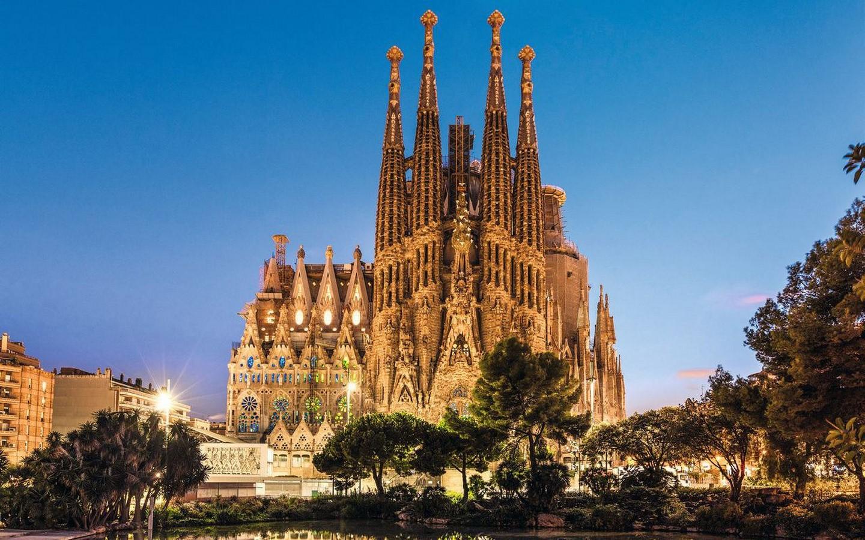 Antoni Gaudi - Sheet2