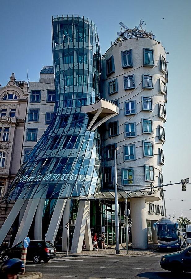 Dancing House (Prague, Czech Republic) - Sheet1