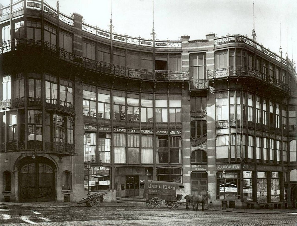 """Case Study: Maison Du Peuple by Victor Horta: An example of """"Brusselization"""" - Sheet6"""