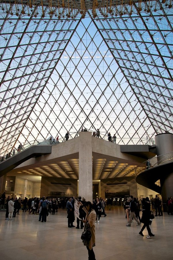 10 Things you did not know about Louvre Pyramid by I.M. Pei - sHEET6