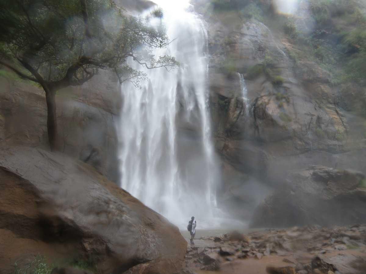 Puliyancholai Waterfalls - Sheet3