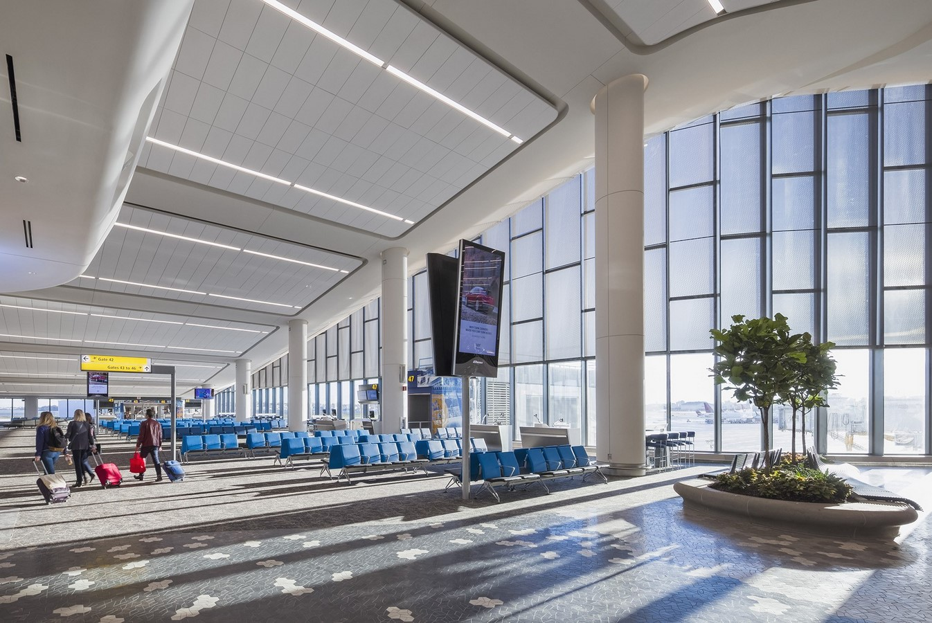 LaGuardia Airport by HOK: Advanced for it's time yet criticized - Sheet11
