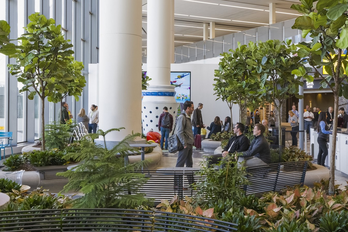 LaGuardia Airport by HOK: Advanced for it's time yet criticized - Sheet16