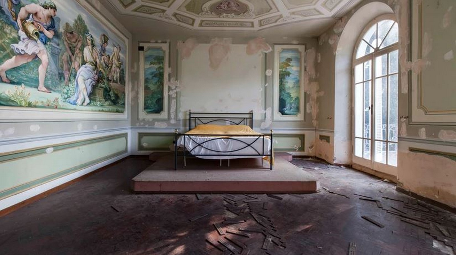 Abandoned places scattered through Italy, E. Costi - Sheet1