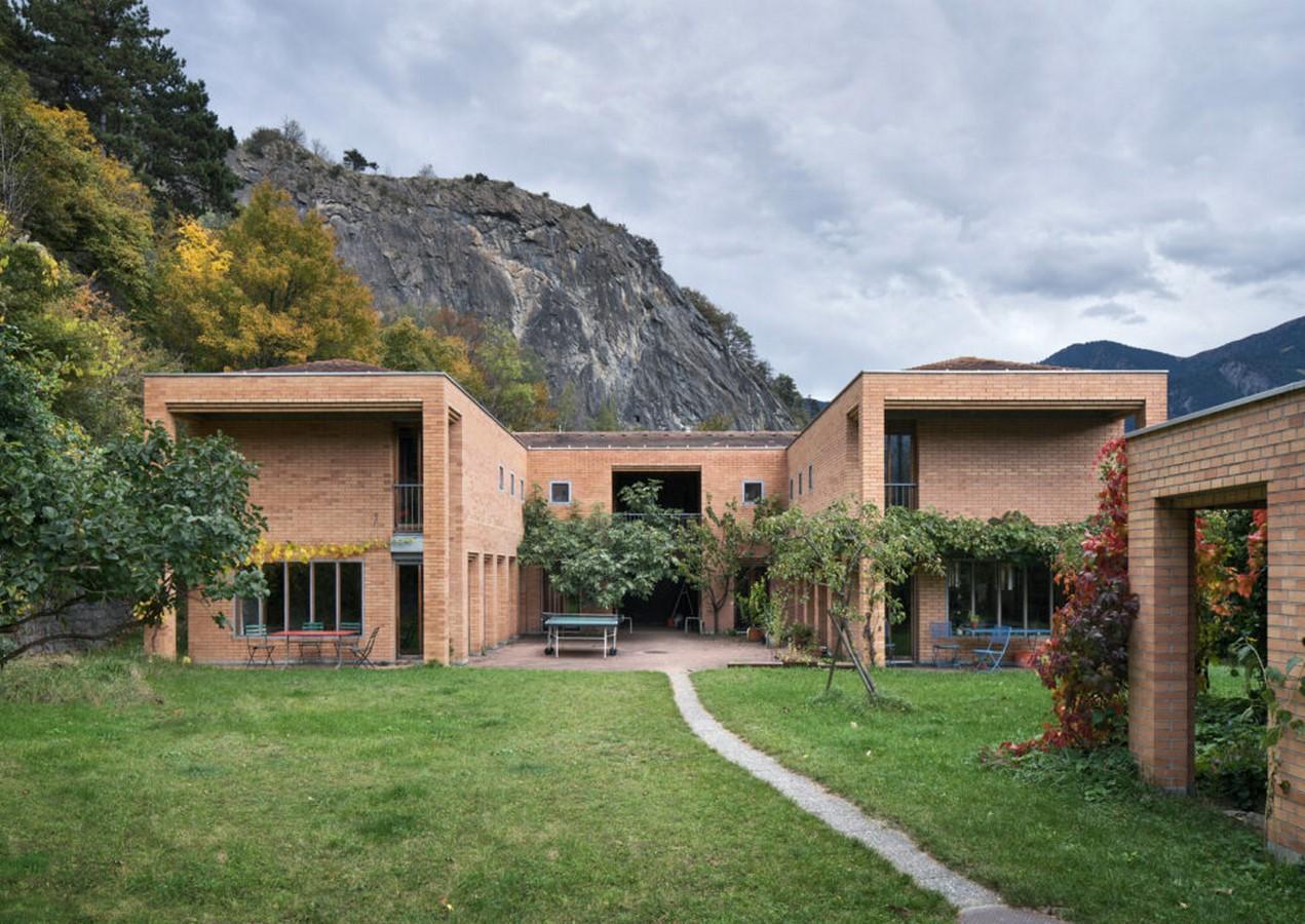 Twin House Räth, Haldenstein, Switzerland (1983) - Sheet1