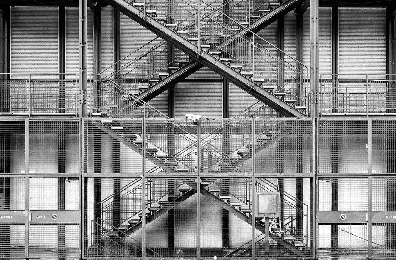 Pompidou Centre byRenzo Piano - Sheet2