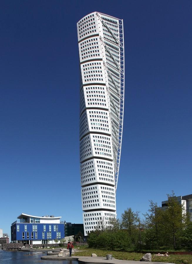 Turning Torso, Malmö, Sweden by Calatrava: Twisting Storeys - Sheet1