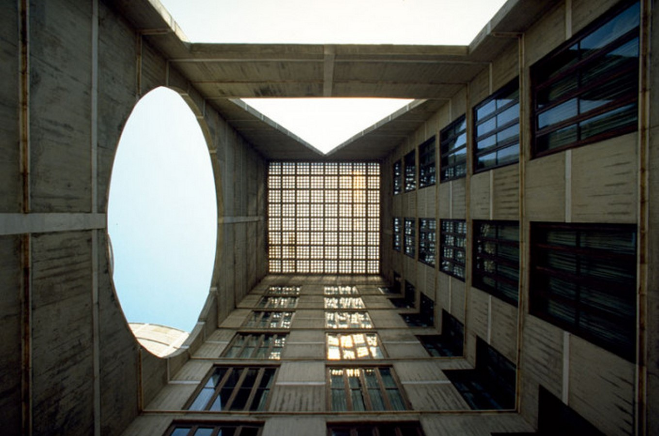 National Parliament House, Dhaka, Bangladesh by Louis Kahn: One of the Largest Legislative Complexes - Sheet4