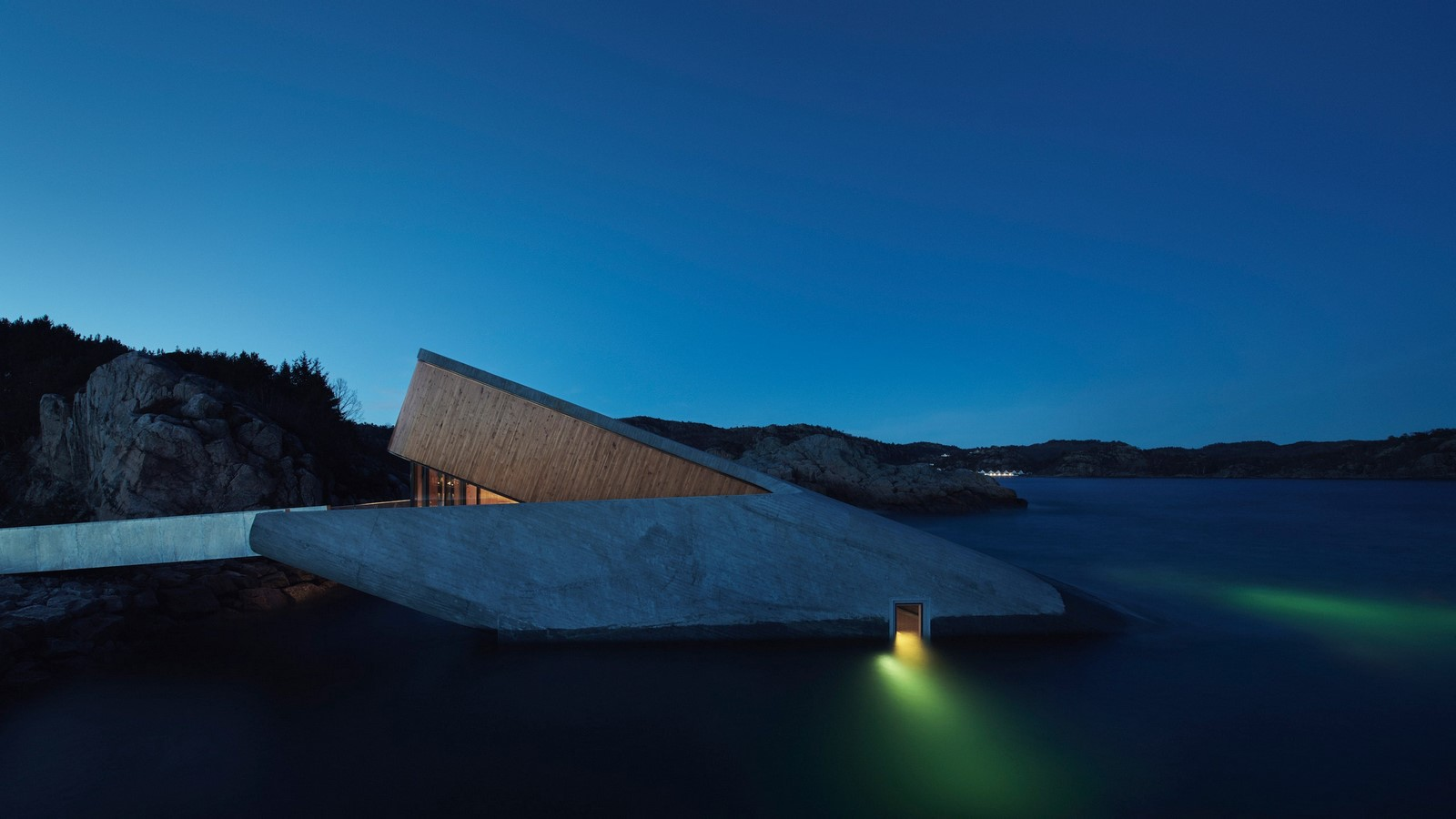 History and future of underwater architecture - Sheet5