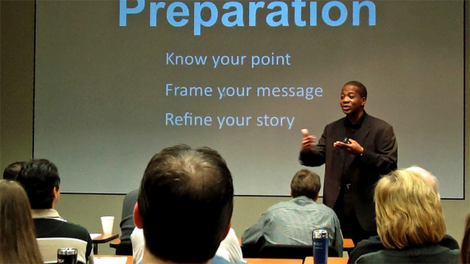10 Things you can do to master presentation skills in college - Sheet13