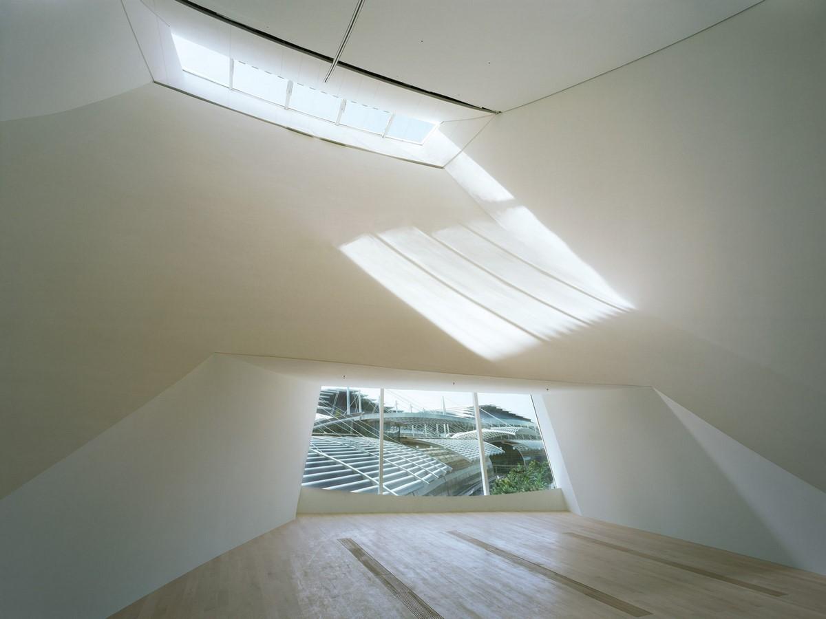 ArtScience Museum by Moshe Safdie: The Welcoming Hand of Singapore- Sheet5
