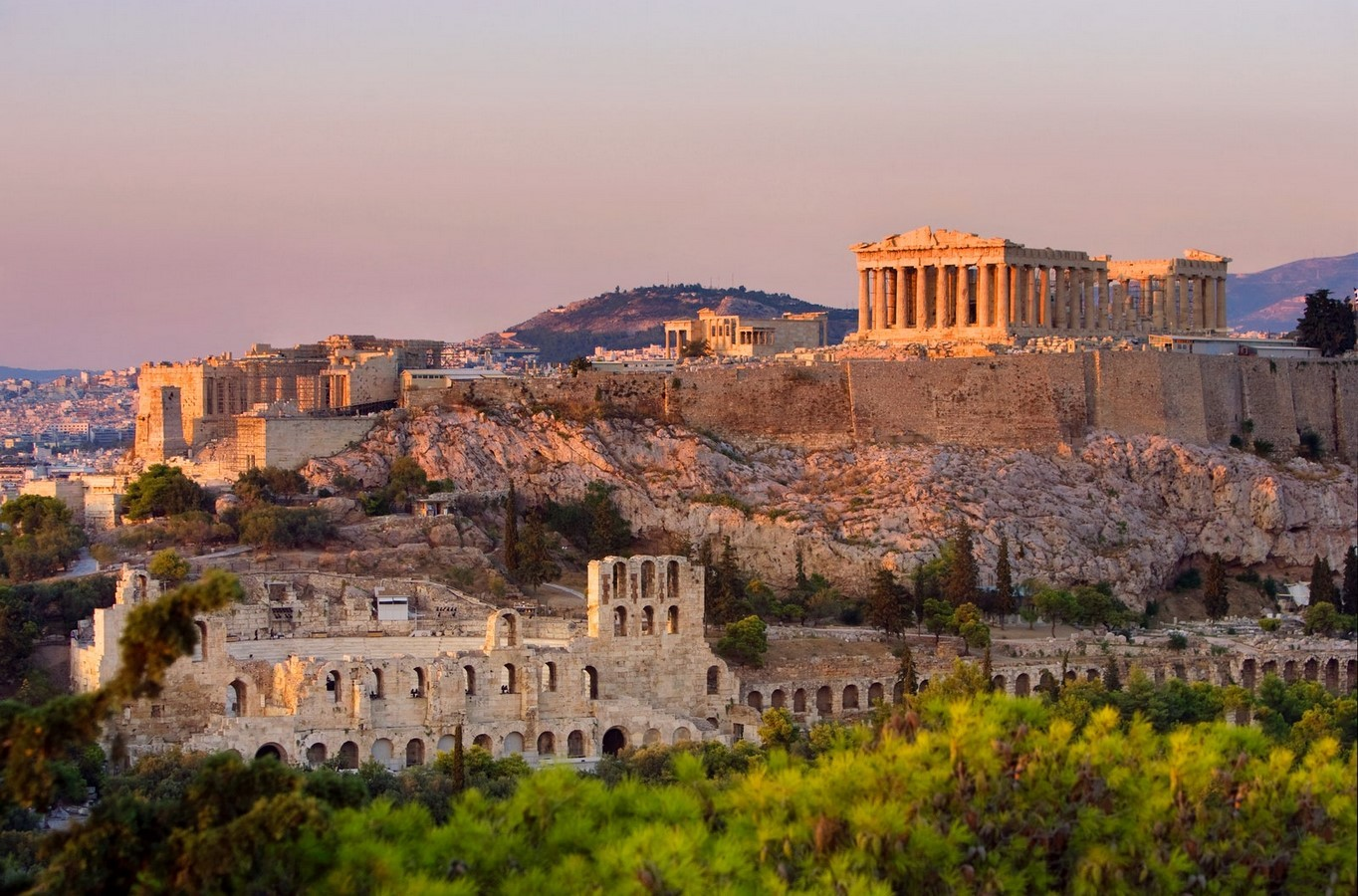How sculptures played an important role in greek architecture- Sheet1