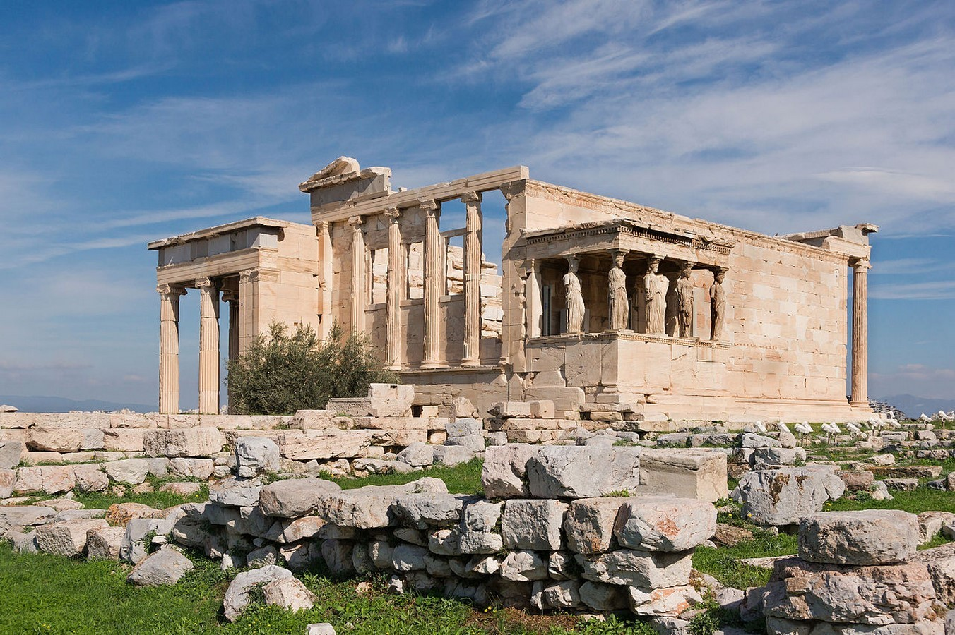 How sculptures played an important role in greek architecture- Sheet6