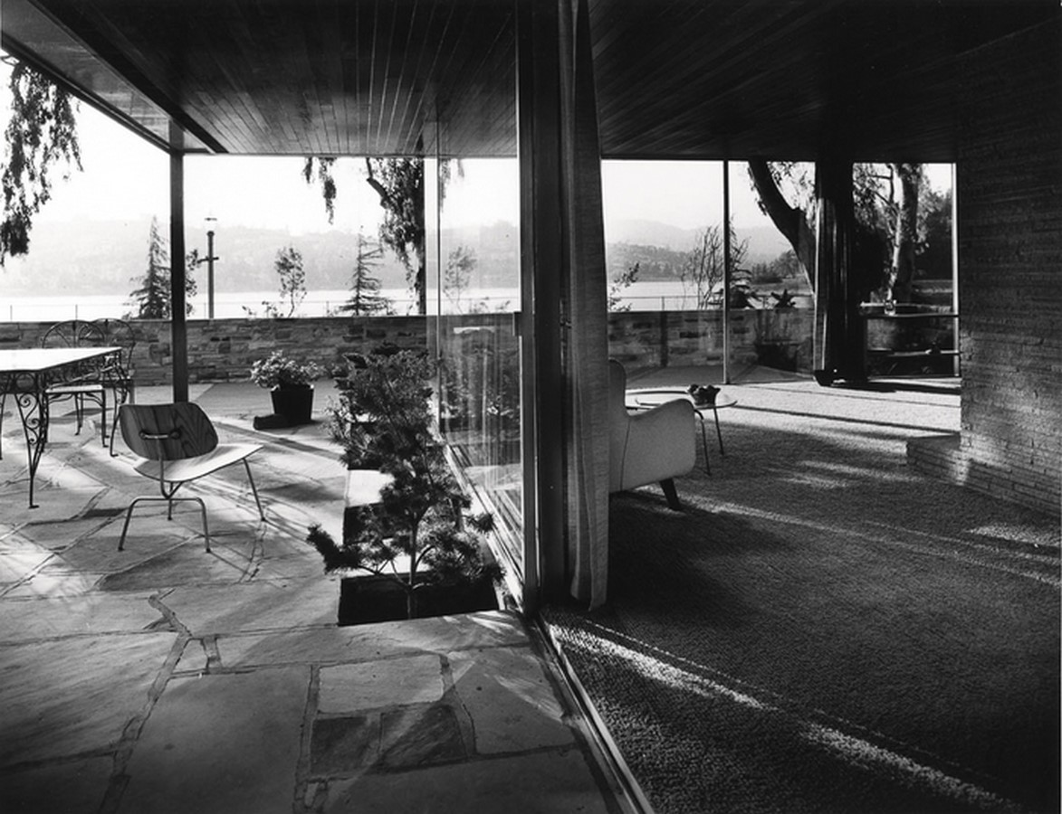 A brief history of Architectural Photography - Sheet32