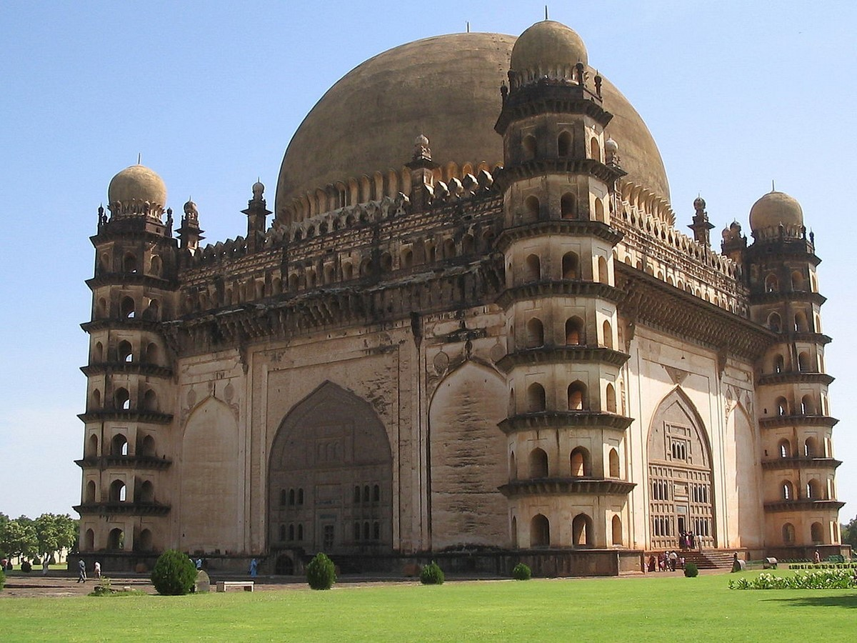 Domes in India illustrates the fusion of Persian and Indian architecture - Sheet2