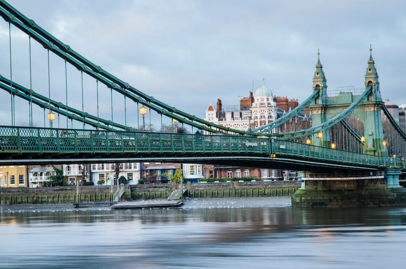 Idea for double-decker Hammersmith Bridge presented by Foster + Partners- Sheet1
