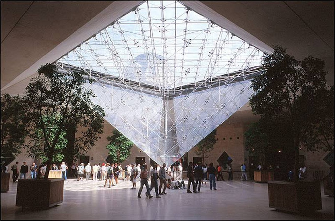 Louvre Pyramid by I.M, Pei: The Glass Pyramid- Sheet16