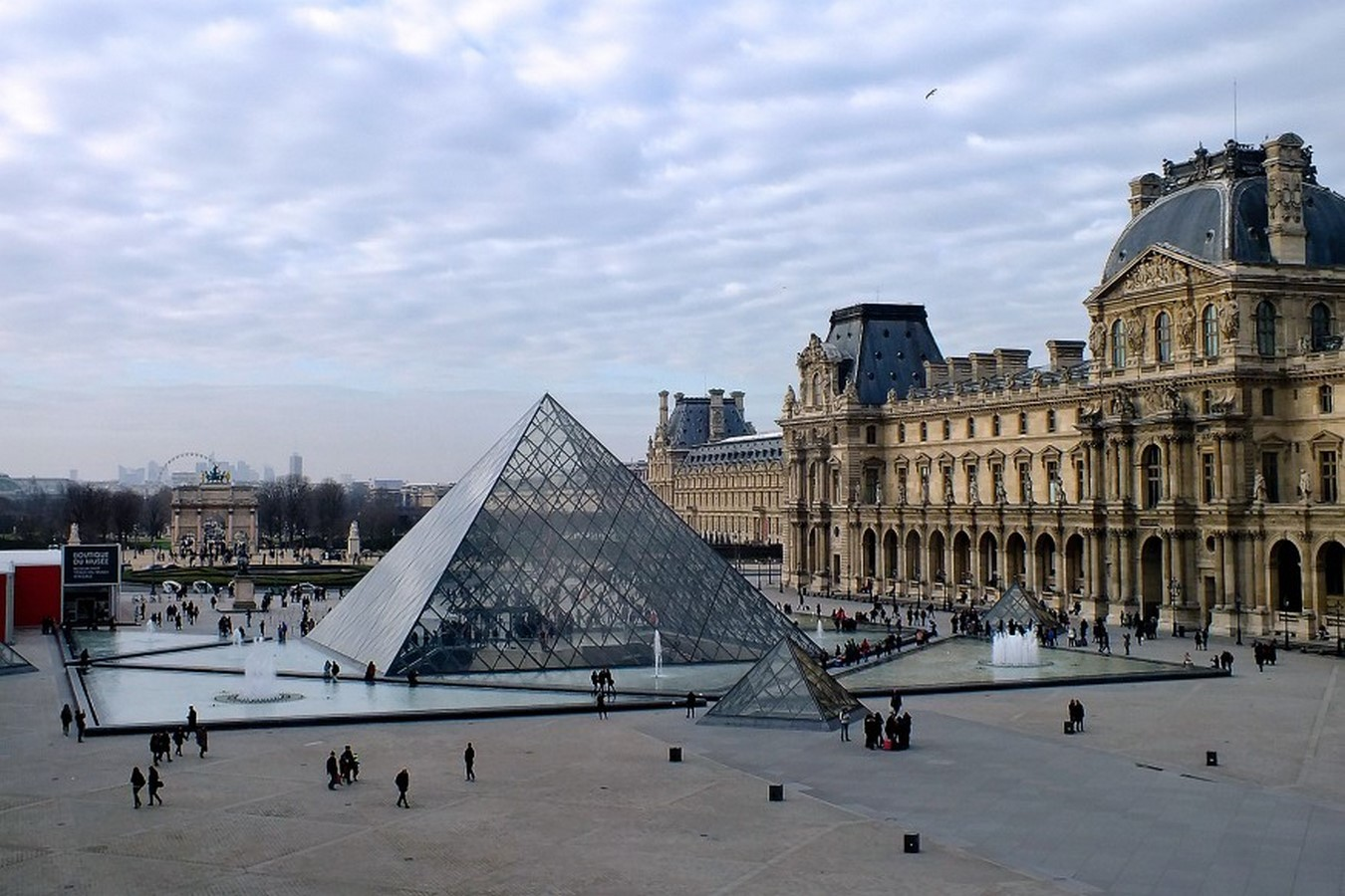 Louvre Pyramid by I.M, Pei: The Glass Pyramid- Sheet19