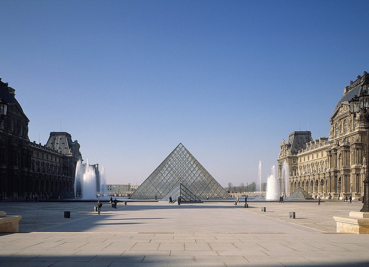 Louvre Pyramid by I.M, Pei: The Glass Pyramid- Sheet2