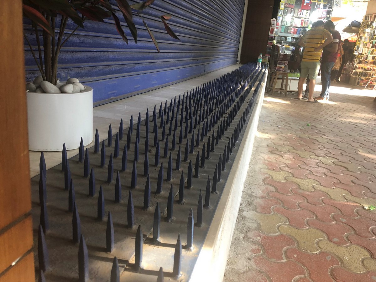 Anti-loitering spikes in Mumbai, India- Sheet2